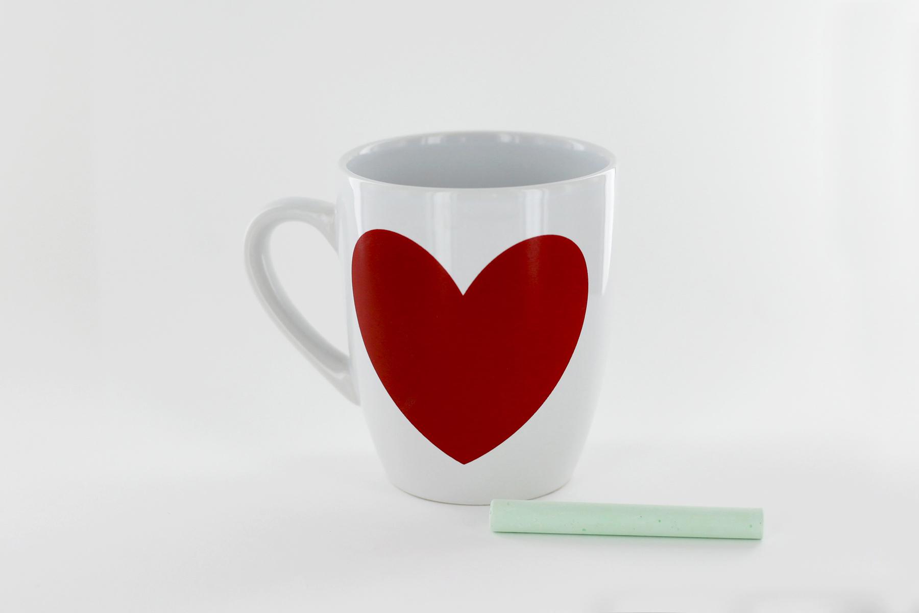Taza corazón + tiza color